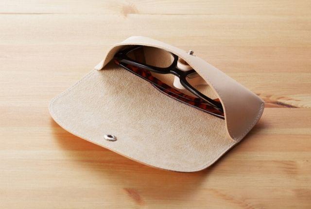 JOLI-眼鏡ケース-太い眼鏡の例