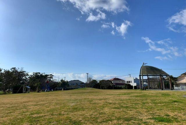 いなふり-hinode前の公園